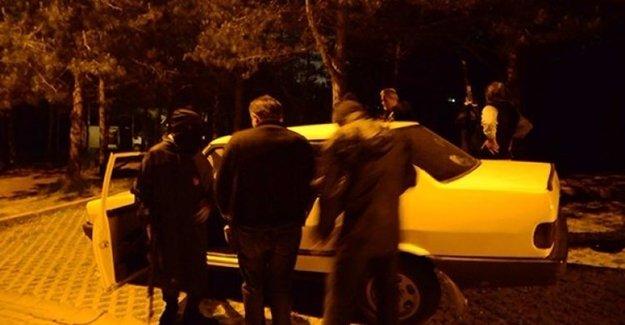 Korsan Göstericiler Taksiciyi Vurdu