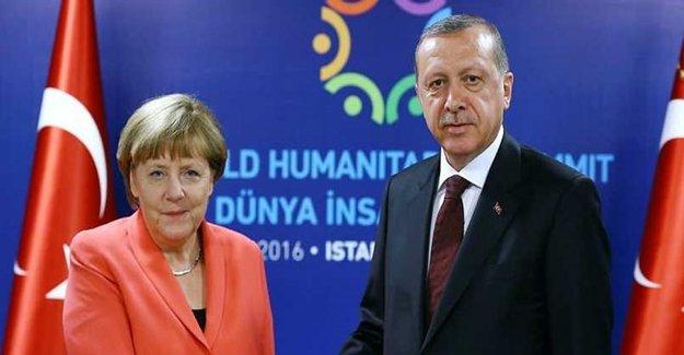 Merkel: Güçlü Bir Parlamentonun Kurulması Gerekli
