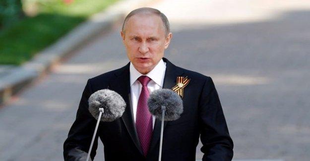 Putin Yaptığı Katliamları Öve Öve Anlattı