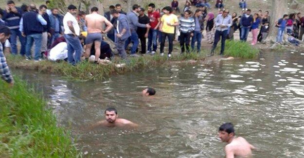 2 Öğrenci Şelalede Boğuldu
