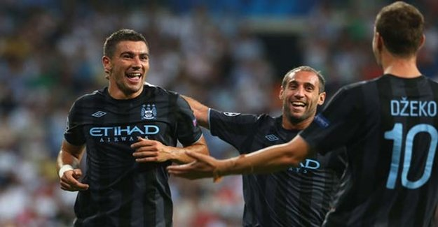Beşiktaş'a Manchester City'den Bomba Transfer!