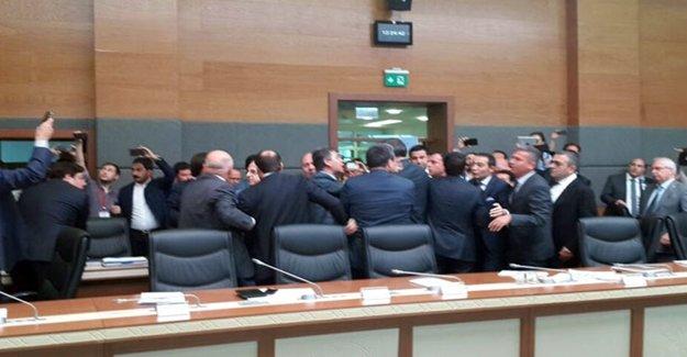CHP'liler Bozdağ'ın Üzerine Yürüdü