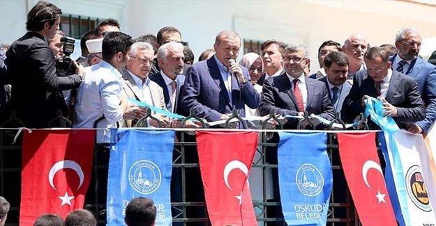 Cumhurbaşkanı Erdoğan İstanbul'da Cami Açtı