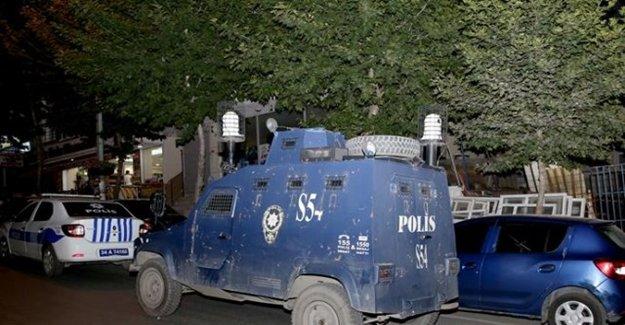 İstanbul'da Bir Restorana Ses Bombası Atıldı