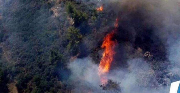Kumluca'da Yangın Gitgide Büyüyor