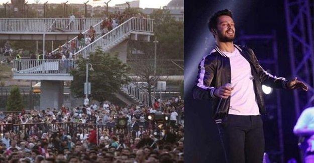 Murat Boz Konserinde Hayran İzdihamı