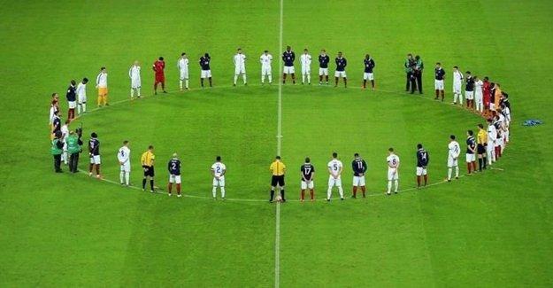 UEFA Saygı Duruşu Olmayacak Dedi Fakat...
