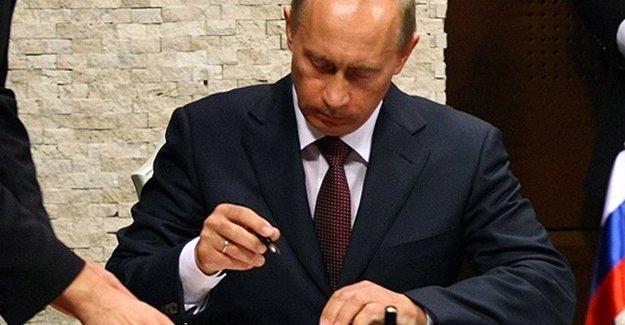 Putin O Kararnameyi İmzaladı