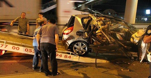 Türk Futbolu Yasta! Kaza Geçiren Genç Futbolcu Öldü