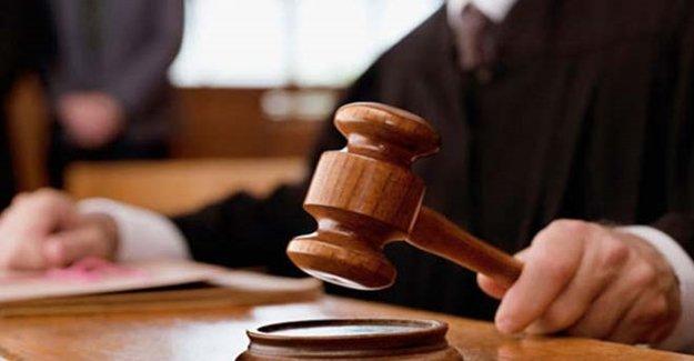 Yüzlerce Hâkim Ve Savcının Yeri Değişti