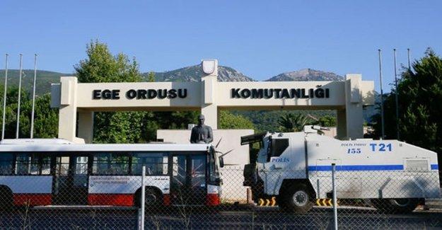 İzmir Çiğli Ana Jet Üssü'nde Darbe Operasyonu! 81 Gözaltı
