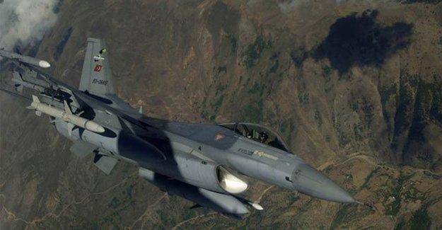 Metina'ya Hava Harekâtı