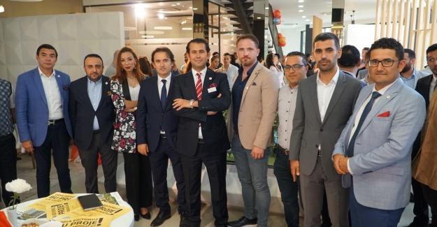 İGP, Babacan Port Royal'ı yabancı yatırımcıyla buluşturuyor.