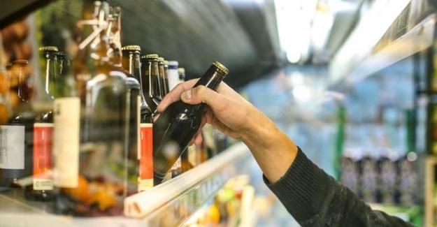 Tam kapanma süresince alkol satışı yasak mı? Bakan'dan açıklama geldi