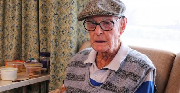 111 yaşındaki Avustralyalı adam uzun yaşamının sırrını açıkladı