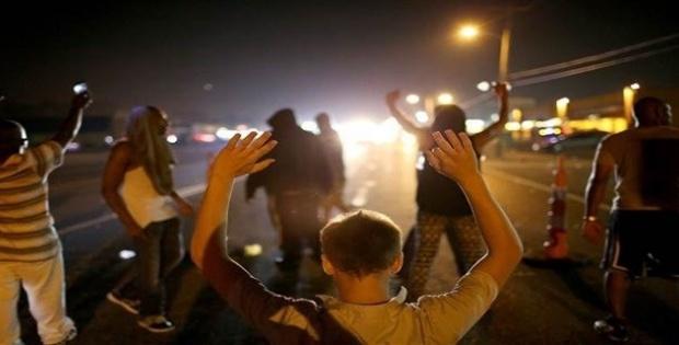 Abd'de polis siyahi bir kişiyi daha vurdu