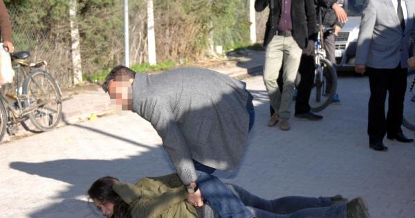 Adana'da Berkin Elvan Eyleminde 6 Gözaltı