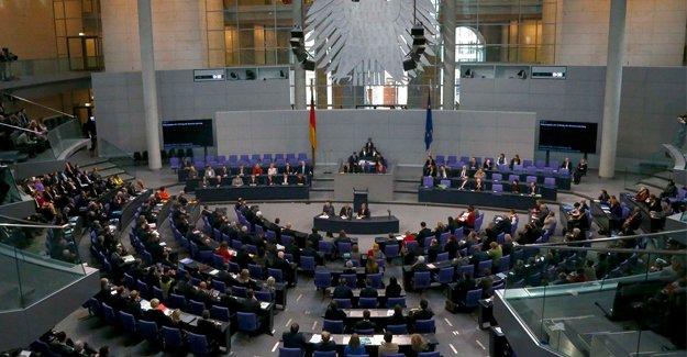 Alman Parlamentosu'ndan IŞİD operasyonuna onay