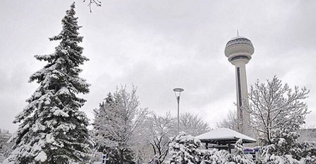Ankara'ya kar yağdı, İstanbul'a uyarı var!