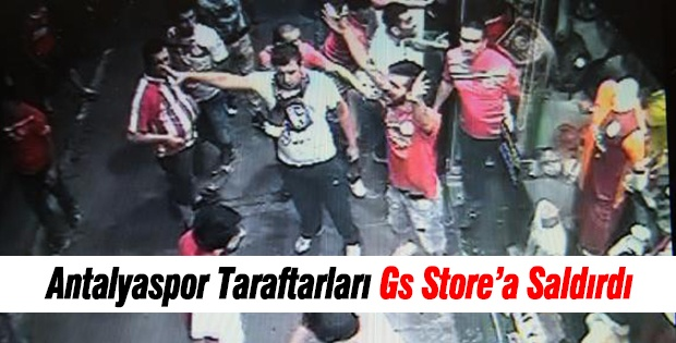Antalyaspor Taraftarları Gs Store'a Saldırdı