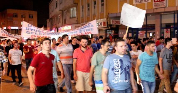 """Ataşehir'de """"bonzaiye Hayır"""" Yürüyüşü"""