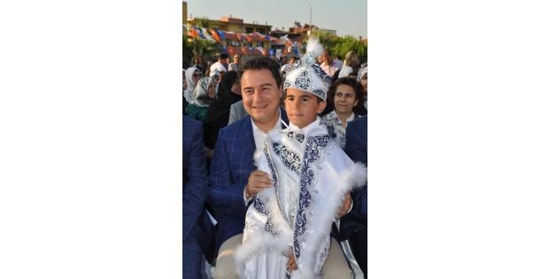 Babacan: Pazar Günü Devlet Başkanı Seçeceğiz