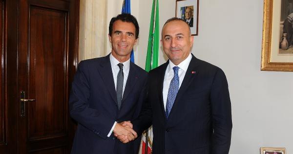 Bakan Çavuşoğlu, Ab Dönem Başkanı İtalya'da Temaslarını Sürüyor