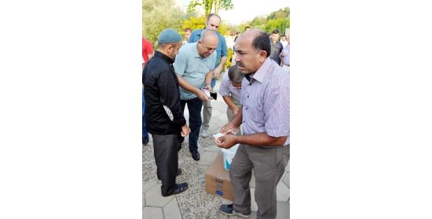 Bakan Çavuşoğlu: Milli Meseleler Üzerinden Rant Devşiriyorlar