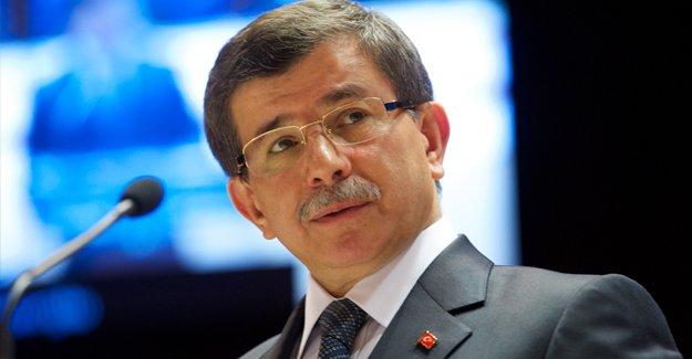 Başbakan Davutoğlu'na sürpriz başdanışman