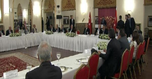Başbakan Erdoğan Alevi Dernek Temsilcileriyle Bir Araya Geldi