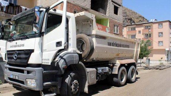 Belediye kamyonunda 100 kilo bomba