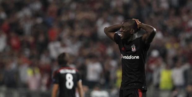 Beşiktaş İle Demba Ba Uefa'da Manşet Oldu