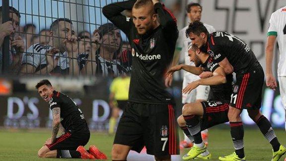 Beşiktaş Manisa'da yıkıldı