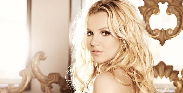 Britney Spears hayranlarını yıllarca aldatmış!
