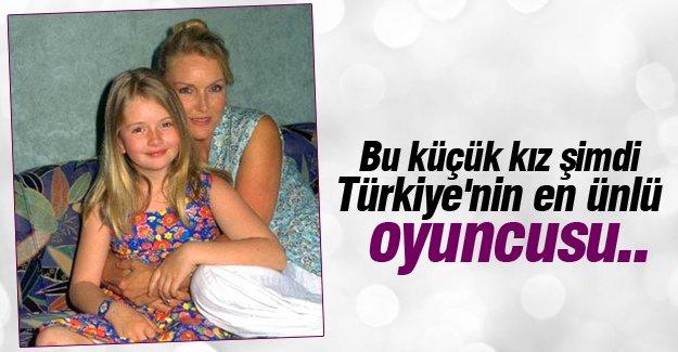 Bu küçük kız şimdi Türkiye'nin en ünlü oyuncusu..