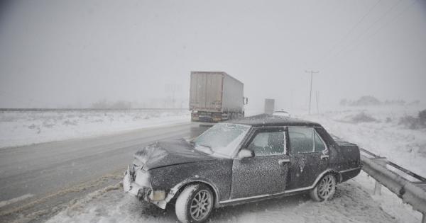 Bursa-Yalova yolunda zincirleme kaza: 4 yaralı