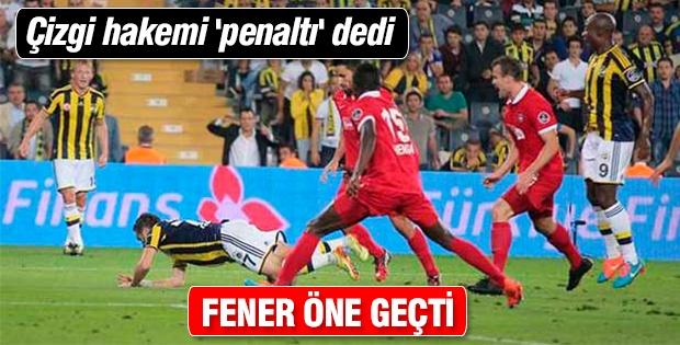 Çizgi hakemi 'penaltı' dedi Fener öne geçti