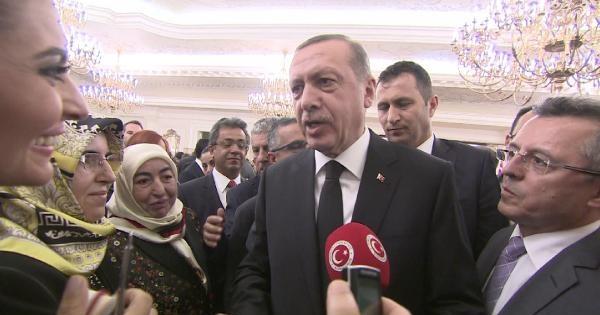 Cumhurbaşkanı Gül: Başbakan Recep Tayyip Erdoğan'ı Canı Gönülden Tebrik Ediyorum