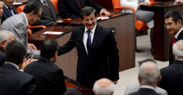 Davutoğlu'ndan Türkiye'nin hükümetiyiz vurgusu