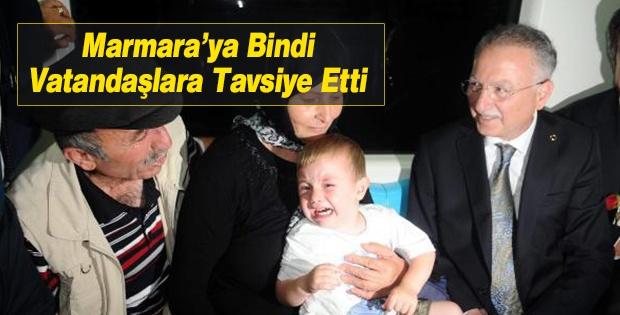 Ekmelettin İhsanoğlu Marmaray'a Bindi