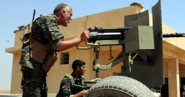 Ezidiler, Silahlı Eğitim Alıp Işid'e Karşı Saaşmak İçin Sincar Dağı'na Döndü