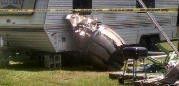 F-16 ile yolcu uçağı çarpıştı