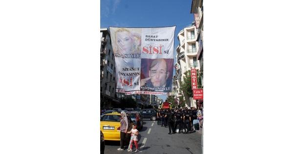 Fatih'te pankart krizi