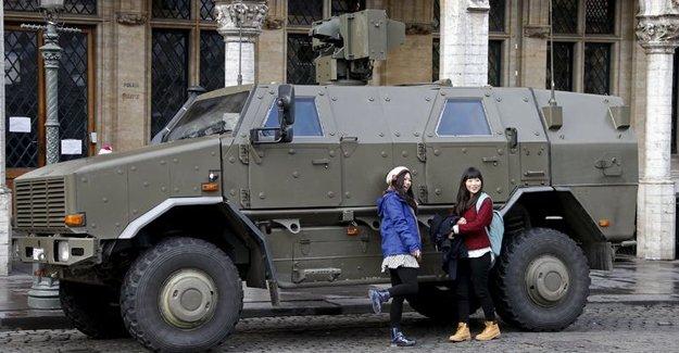 Fransa'da yeni trend askeri araç fotoğrafları