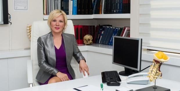 """""""GEÇMEYEN BEL AĞRILARIN NEDENİ BAŞARISIZ AMELİYATTIR"""""""