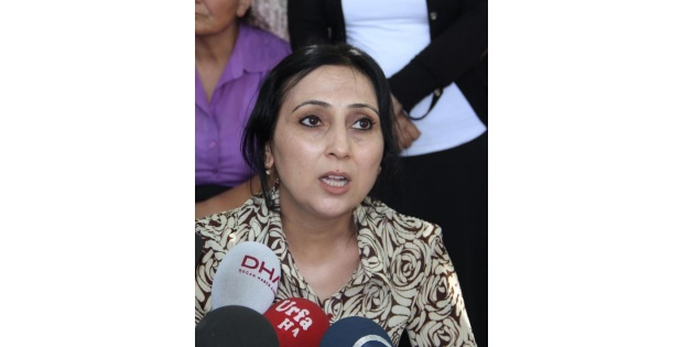 Hdp'li Yüksekdağ: Başbakan İstifa Etmeli