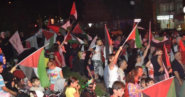 İnegöl'de 2 Bin Kişi Gazze İçin Toplandı