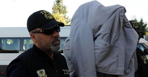 IŞİD militanlarının evinden çıkan şok belge