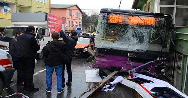 İstanbul'da kaza: İki kişi öldü 8 yaralı