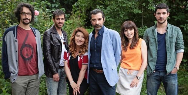"""Kanal D'nin yeni dizisi """"Ulan İstanbul"""" günün en çok izlenen dizisi oldu!"""